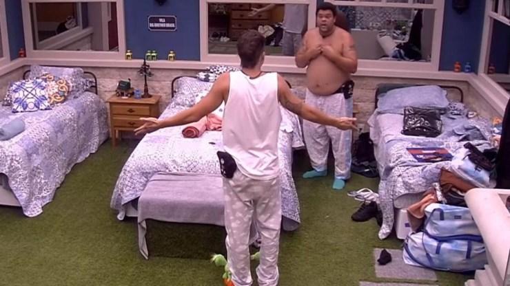 Felipe Prior e Babu Santana discutiram durante a Festa do Pijama do BBB 20