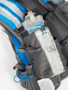 Bottle pouch on Ultimate Direction PB Adventure Vest 2.0