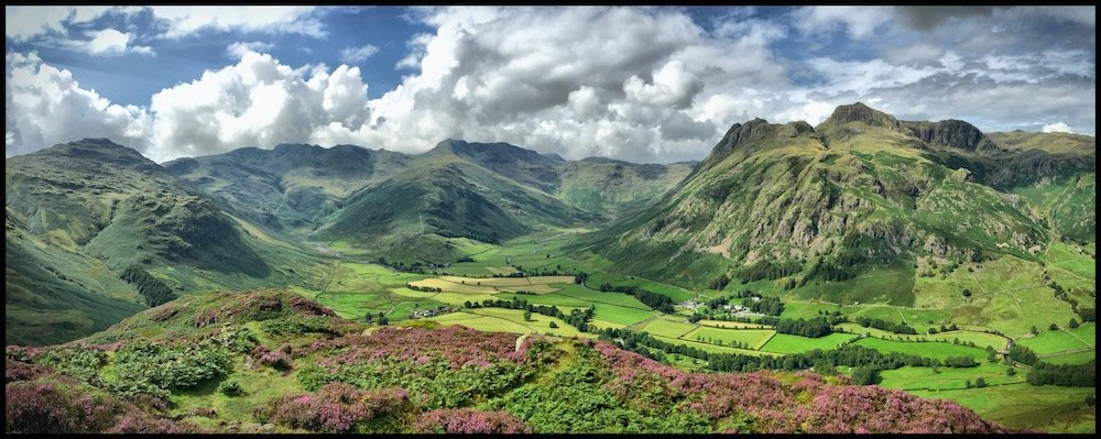 The Langdale Pikes above The Cumbria WayThe Langdale Pikes above The Cumbria Way
