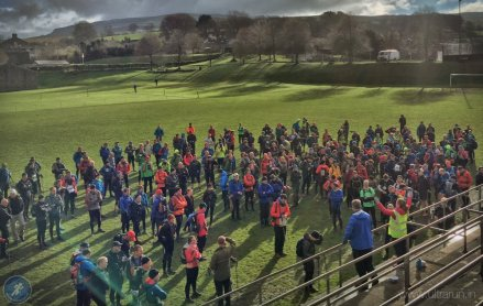 Sun comes out for the pre-race briefing at Ingleton