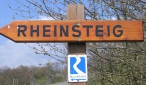 Rheinsteig-Hinweisschild