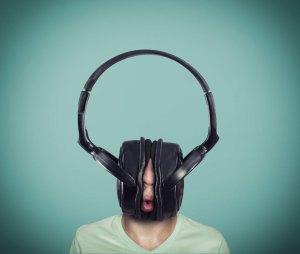 Tendencias-de-la-industria-musical-ultravioleta-2