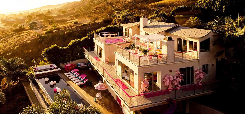 mattel-y-airbnb-ultravioleta-1