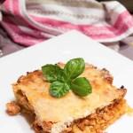 Pastitsio – zapiekanka z makaronem, mięsem mielonym i jogurtem