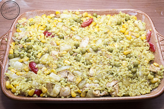 Zapiekanka ryżowa z kurczakiem i warzywami