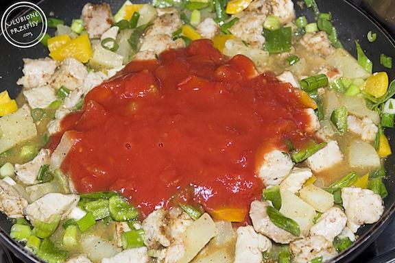 schab w sosie curry z ananasem