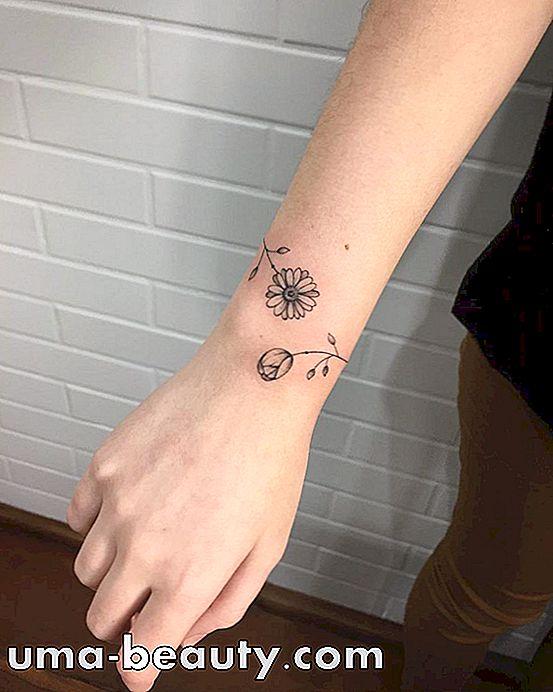 Tatuaje De Pulsera Es Una Gran Elección Para Los Diseños Con Trazos