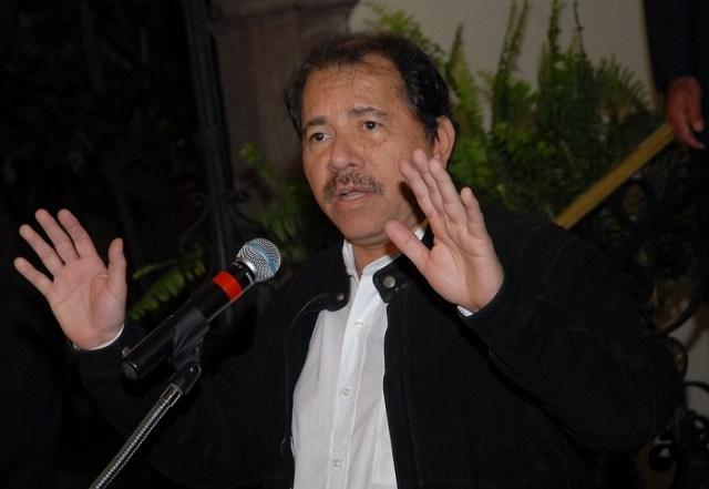 En Nicaragua Daniel Ortega fue reelecto para un tercer período consecutivo. Foto: photo credit: Presidencia de la República del Ecuador Palacio de Carondelet, rueda de prensa del Sr. Presidente de Nicaragua, Daniel Ortega. via photopin (license)