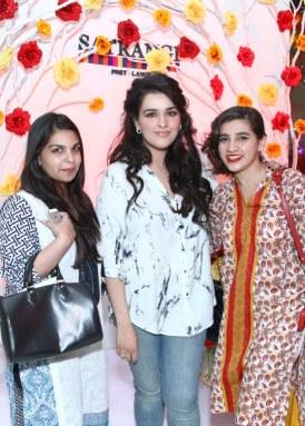 anoushey bawani with natasha khaled and rana khan_549x768