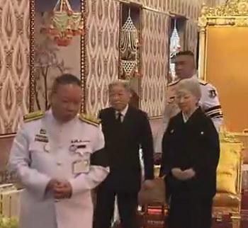 タイ国王の弔問される天皇皇后両陛下
