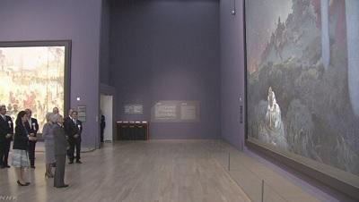 天皇皇后両陛下 ミュシャの展覧会をご覧