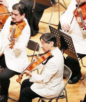 皇太子さまビオラを演奏