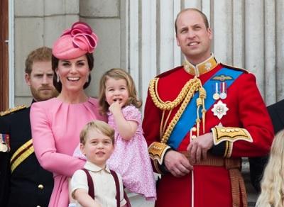 キャサリン妃ウイリアム王子シャーロット王女とジョージ王子