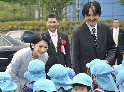 馬術大会開会式ご臨席の秋篠宮両殿下