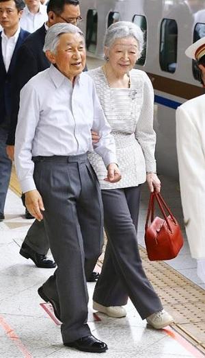天皇皇后両陛下軽井沢で静養