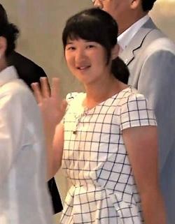 須崎御用邸から帰京の愛子さま