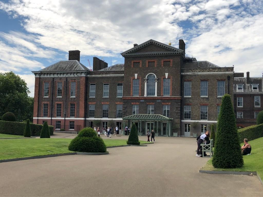 Palácio de Kensington, Londres.