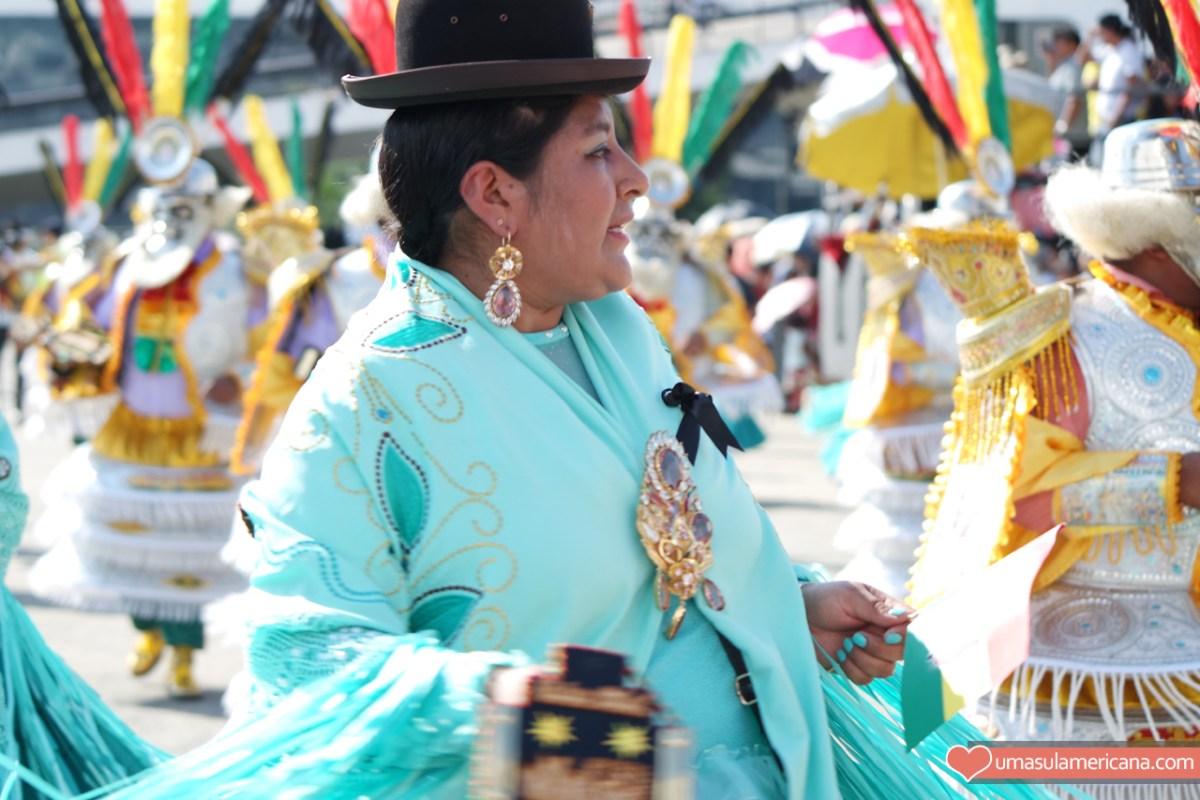 festa multicultural da Bolívia