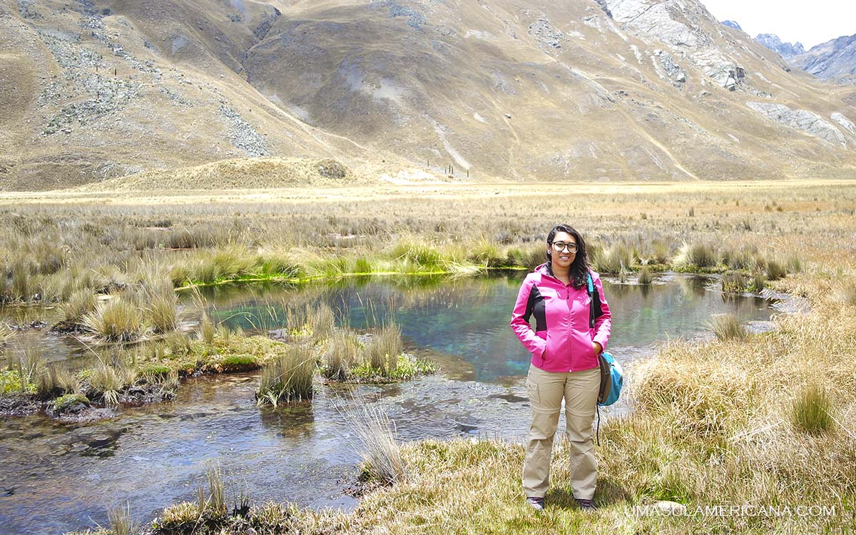 Mulher viajando sozinha no Peru - 10 Mandamentos do Viajante no peru - Dicas para sua viagem