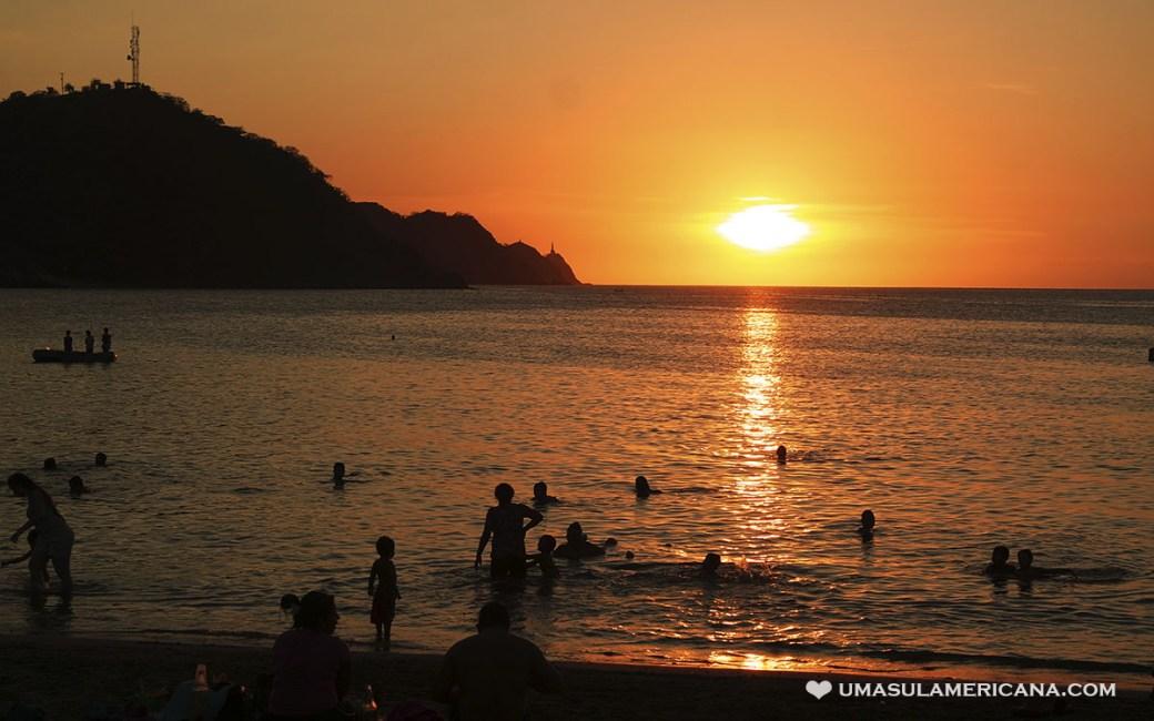 Pôr do Sol em Taganga, no Caribe colombiano