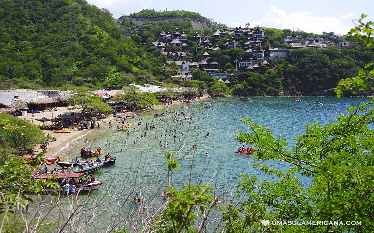 Praias do vilarejo Taganga, no norte da Colômbia