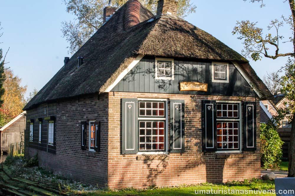 O que fazer em Giethoorn - o vilarejo sem ruas na Holanda