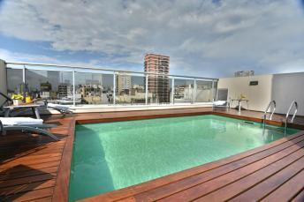onde ficar em Buenos Aires - ARC Recoleta piscina