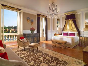 Onde ficar em Florença - The St. REgis Florence quarto