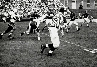 Joe Horning rushes vs. Washington and Lee