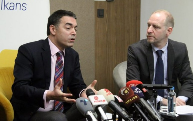 ОМД бара национален консензус за заштитa на името без референдум