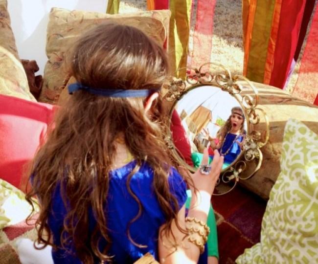 um-doce-dia-spa-egípcio-para-meninas-12