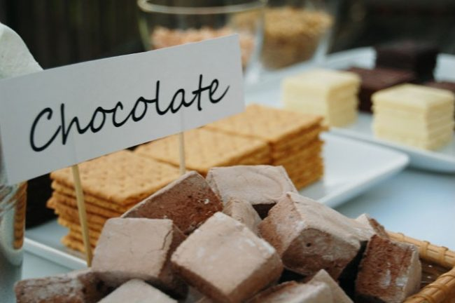 um-doce-dia-mesa-interativa-para-os-convidados-04