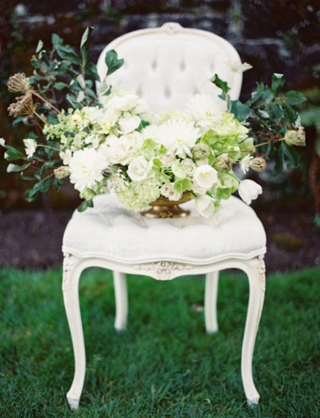um-doce-dia-a-elegancia-do-jardim-e-suas-escadas-de-pedra-01