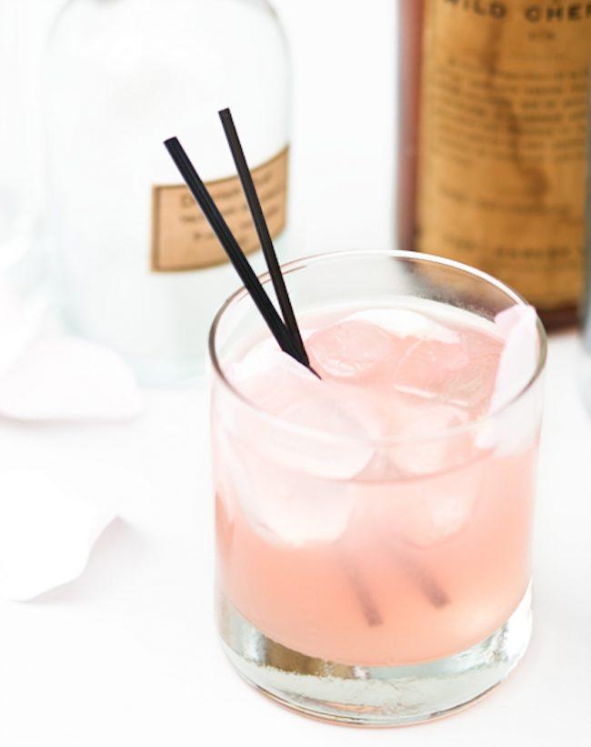 um-doce-dia-cocktail-de-rosas-com-cardamomo-02