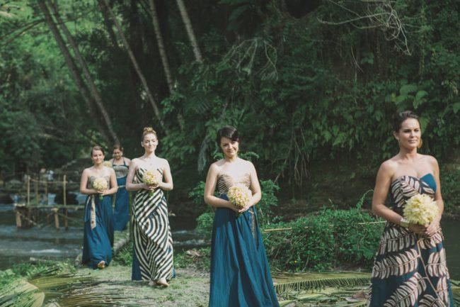 um-doce-dia-casamento-em-bali-indonesia-banyan-19