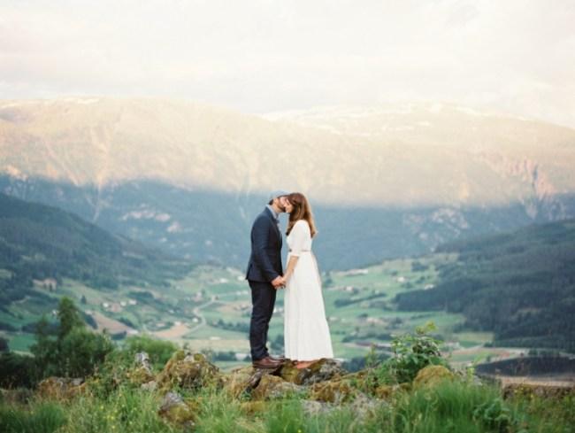 um-doce-dia-casamento-renovando-os-votos-nina-e-wes-na-noruega-01