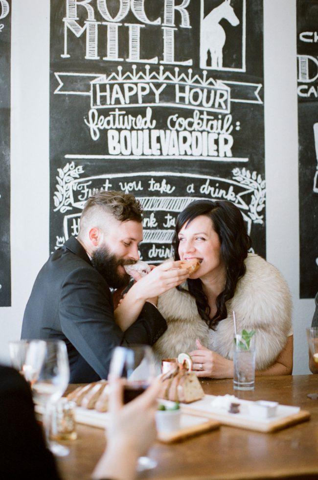 um-doce-dia-casamento-intimista-para-dois-18