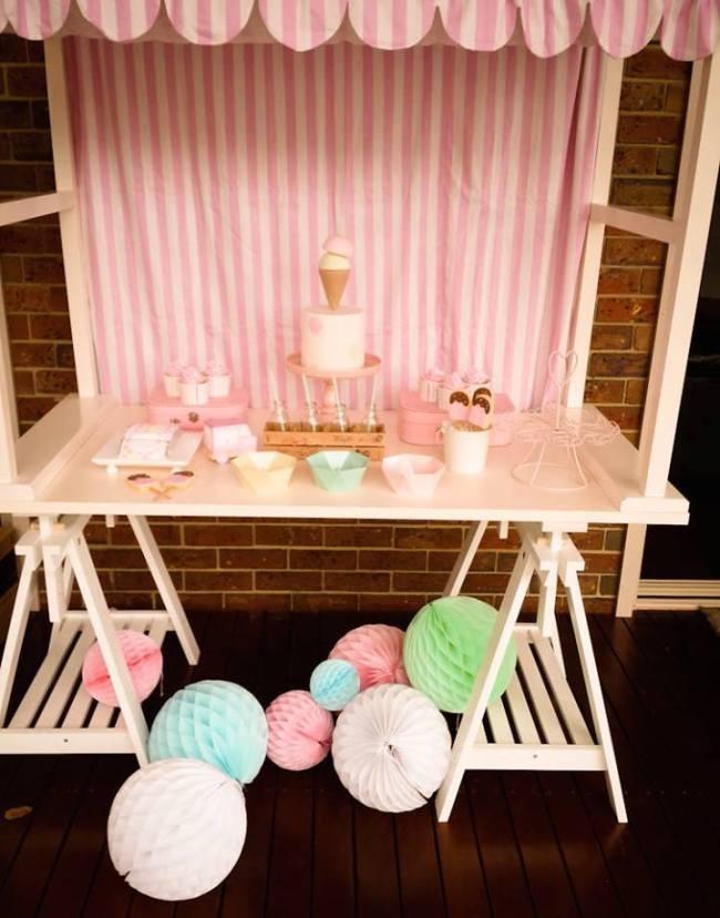 um-doce-dia-festa-um-pouco-de-sorvete-cor-de-rosa-01