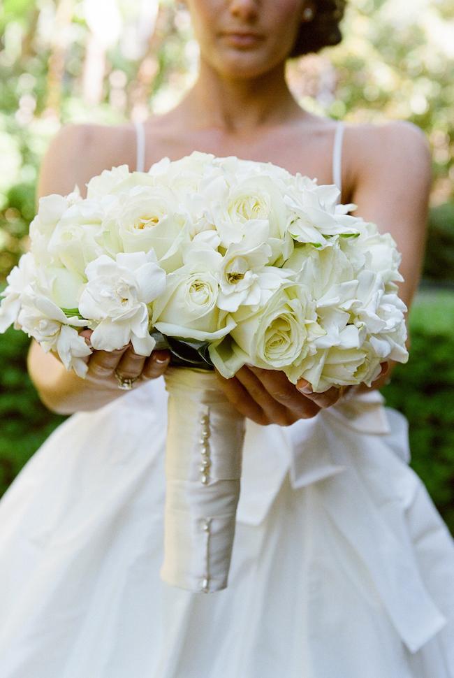 um-doce-dia-casamento-beverly-rills-modernos-detalhes-em-verde-e-marfim-03