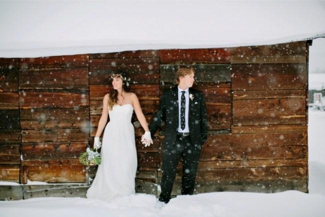 um-doce-dia-casamento-em-um-mundo-polvilhado-de-neve-12