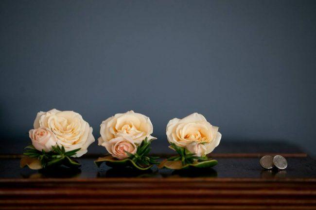 um-doce-dia-casamento-entre-rosas-olivas-e-alecrim-03