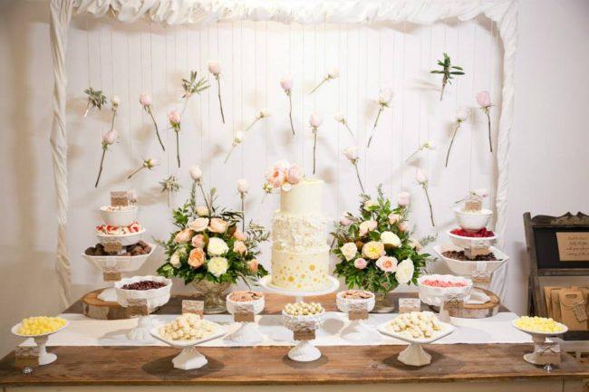um-doce-dia-casamento-entre-rosas-olivas-e-alecrim-19