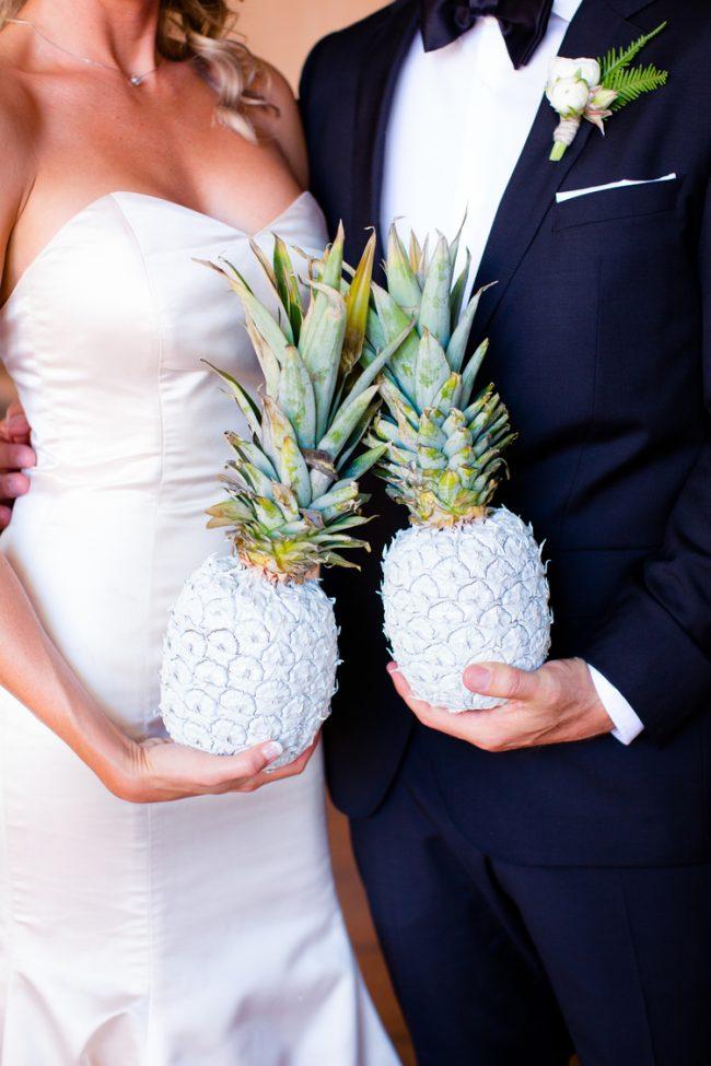 um-doce-dia-casamento-verao-pineapple-09