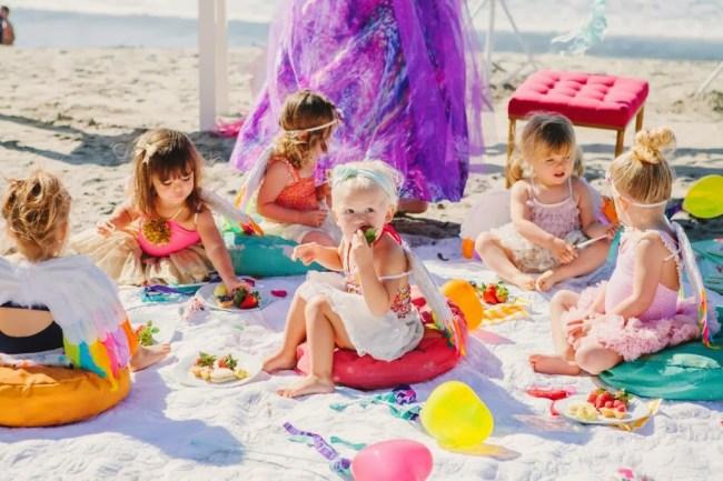 um-doce-dia-decoracao-um-sabado-de-leitura-na-praia-12