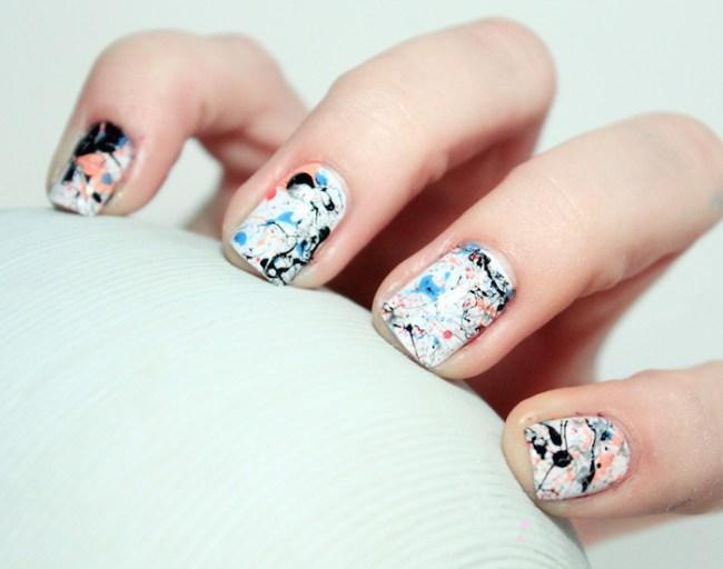 um-doce-dia-nail-art-respingos-abstratos-01