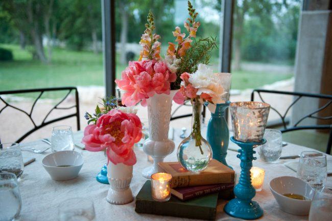 um-doce-dia-casamento-em-casa-peonias-e-um-toque-azul-20