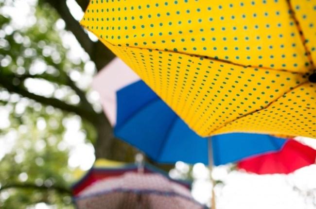 um-doce-dia-sessao-fotografica-aniversario-de-casamento-tempo-de-chuva-02