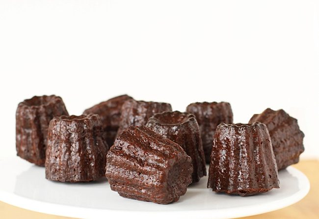 um-doce-dia-receita-cannele-de-chocolate-01