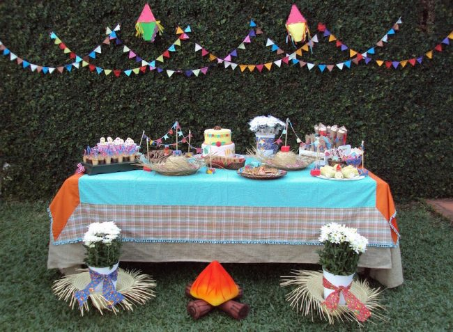 um-doce-dia-decoracao-festa-junina-olha-a-chuvaaaa-e-mentiraaaa-01