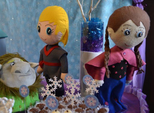 um-doce-dia-decoracao-frozen-com-a-princesa-helena-07